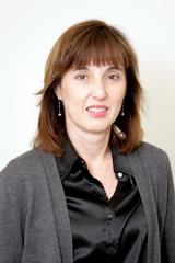 Yvonne M Curran