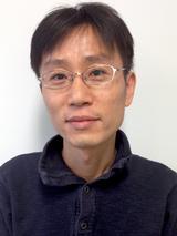 Myung Jong  Kim